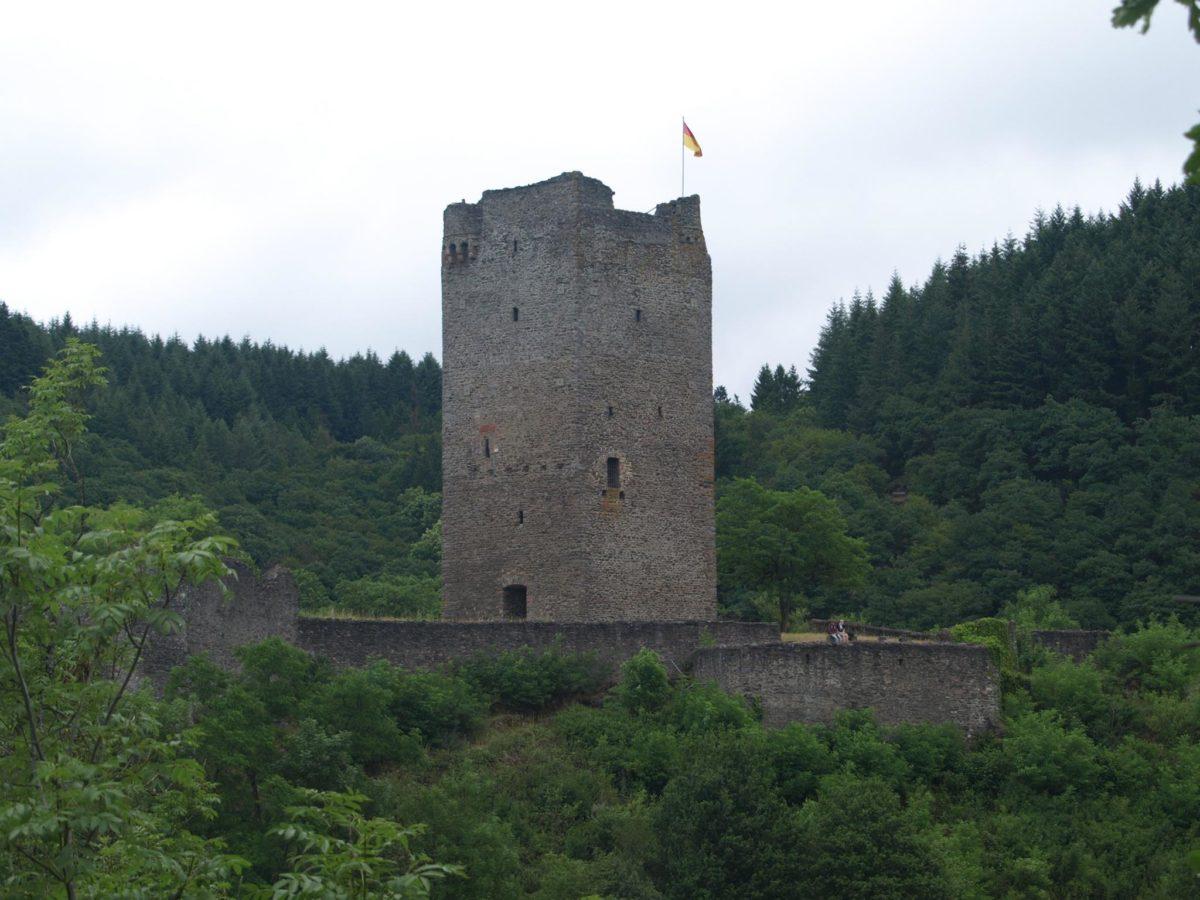 Manderscheider Burgenstieg