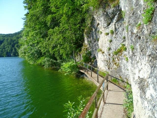 Zwei-Seen-Blick-Runde